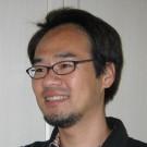 山田サトシ
